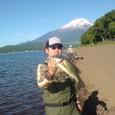 どんちゃん!山中湖で43cm