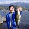 釣りボウさん!河口湖で43cm